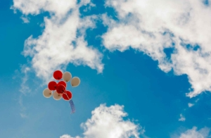 red and beige balloons